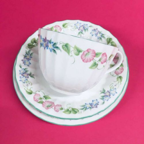 Royal Worcester - English Garden - Trio